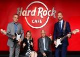 [두바이] 두바이 국제공항...멋진 음악·맛있는 음식·아이코닉 패션의 Hard Rock Cafe