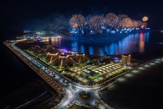 라스 알 카이마, 희망과 자신감 북돋는 세계 최대 불꽃놀이로 2021년 시동