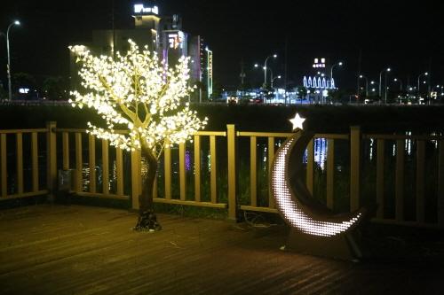 [부산] 부산 강서구, 명지울림공원에 야간 포토존 조성