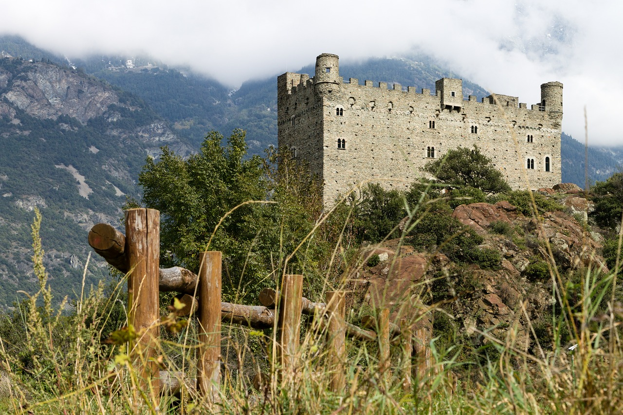 castle-441649_1280.jpg