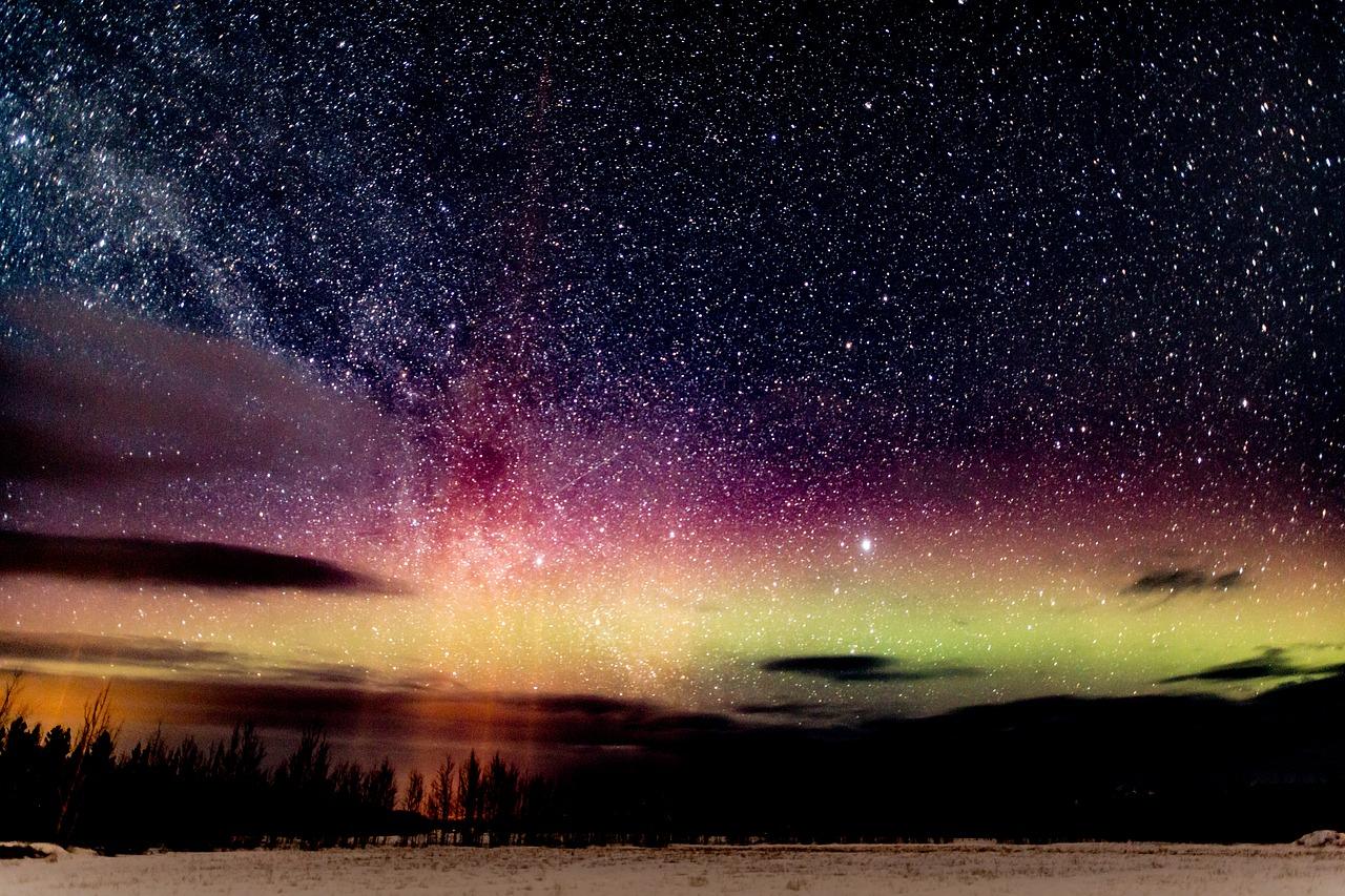 aurora-249159.jpg