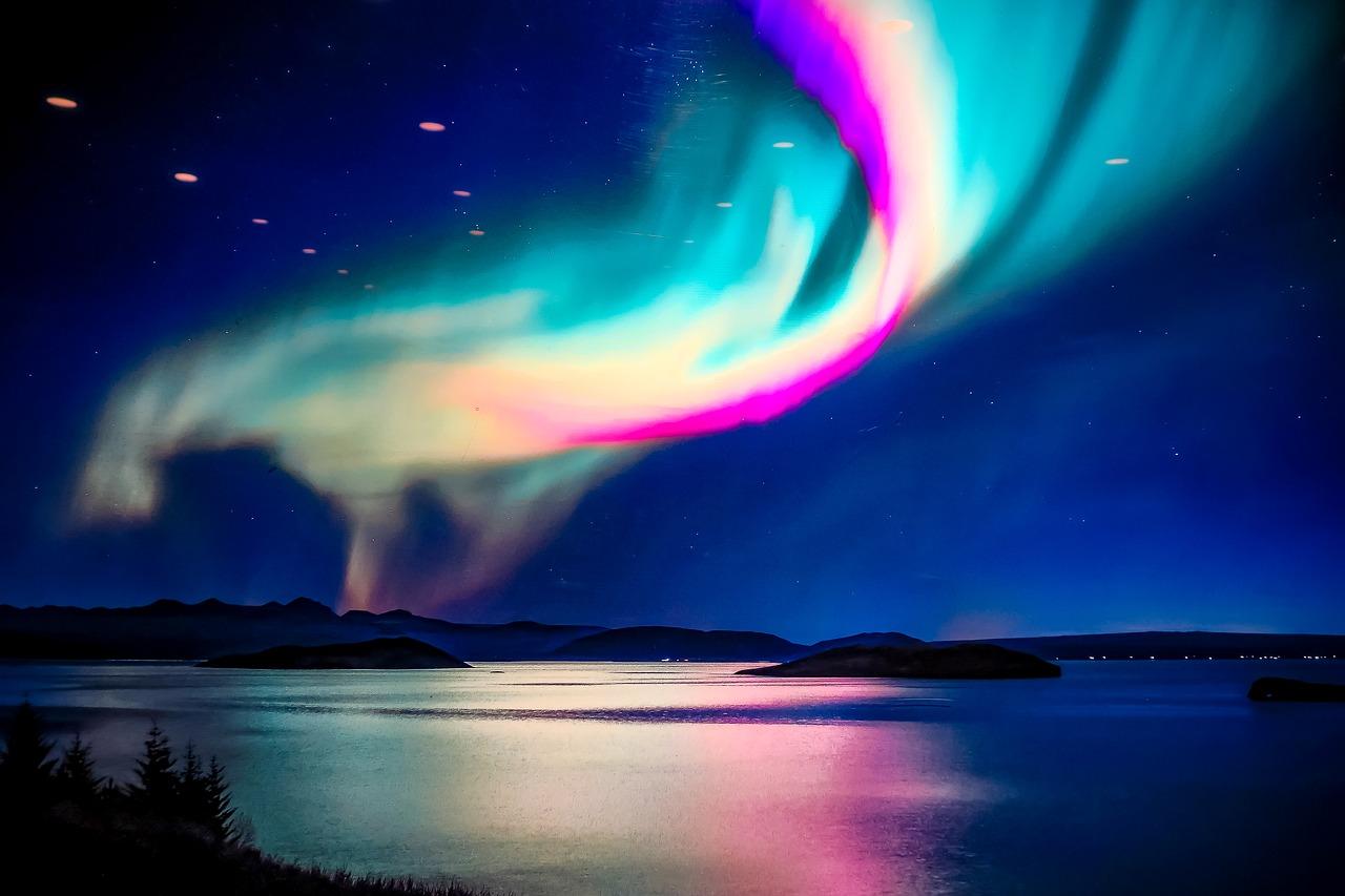 iceland-3800913_1280.jpg