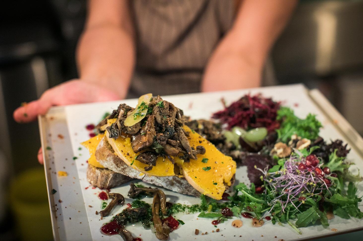 3 겐트의 인기있는 채식주의 식당 VisitReeks45.jpg