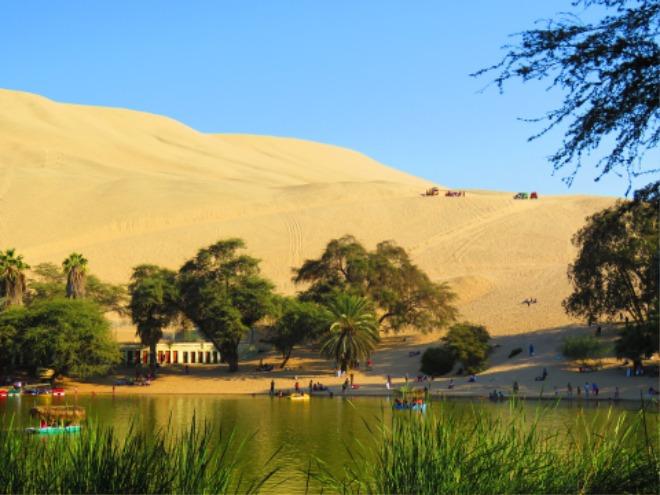 와카치나 사막.jpg